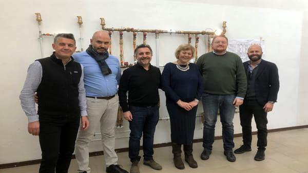 """Tre aziende donano un nuovo laboratorio tecnologico all'Istituto """"Fermo Corni"""""""